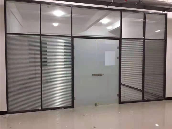 地弹簧玻璃门