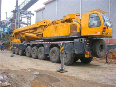 桂林12吨吊车怎么租?它具体都有什么性能?