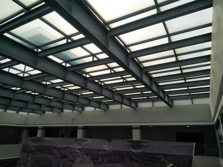钢结构遮阳棚