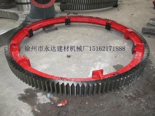 直��1.5米、�L12米�L筒烘干�C大�X��L圈托�